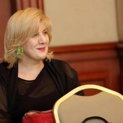 Dunja_Mijatovic.listening